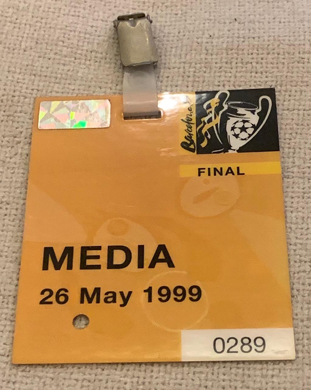 """Акредитацията на пратеника на """"24 часа"""" за финала на Шампионската лига. Снимка: Авторът"""